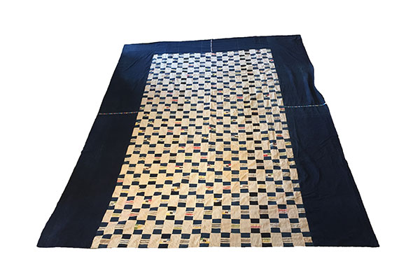 accents_primary_guatemala_togo_bedspread_7.jpg